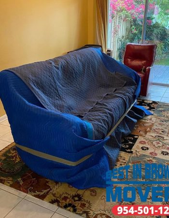 Best-in-Broward-Movers-sofa-delivered